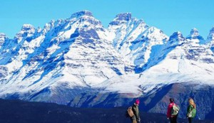 drakensberg-snow-capped-mountains