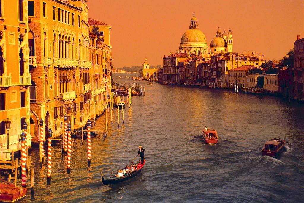 Venice-golden-1024x682