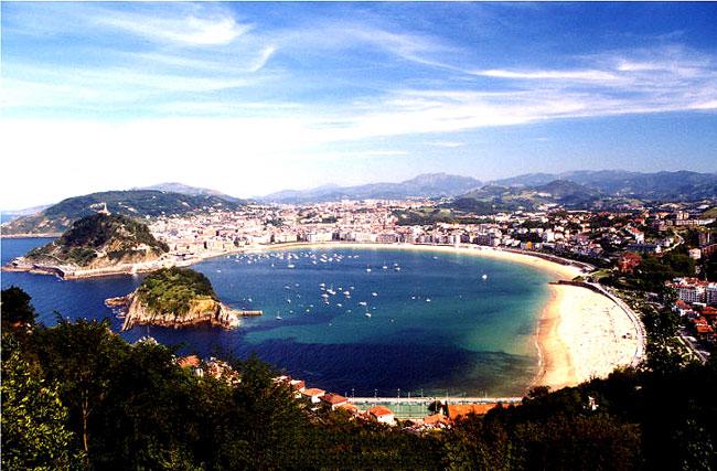 San-Sebastian-in-Spain_San-Sebastian-overview_4304