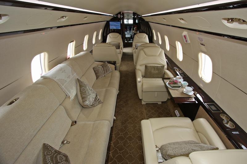 Challenger-300-Interior